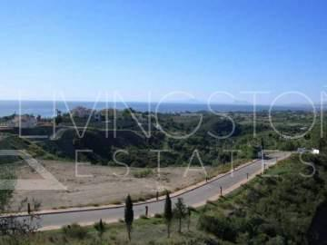 Set on one of the most exclusive areas of the Costa del Sol, this magnificent plot would be ...