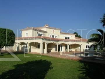 Luxury villa, second line beach, completely renovated in september 2007. It is a property ...