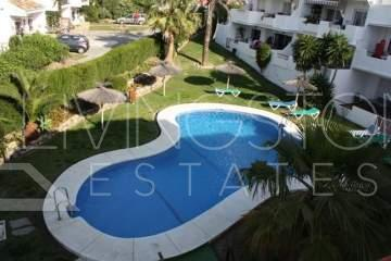 Unique and spacious penthouse, situated between Marbella and Estepona in the popular area of ...