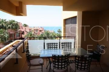 Luxury 3 bedroom apartment in the New Golden Mile between Puerto Banus and Estepona, the ...