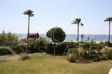 Fantastic FRONTLINE BEACH mid floor apartment, boasting 2 good size bedrooms with master ...