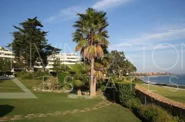 Luxury apartment front line beach between San Pedro and Estepona. Comprises of 3 bedrooms, 2 ...