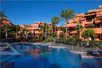 Amazing apartment for holiday rent in the beach front luxury complex of Torre Bermeja, Estepona