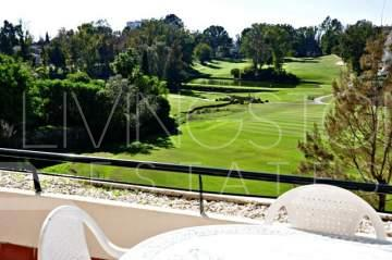 This is a lovely, front line golf apartment which has the benefit of the afternoon sun in ...