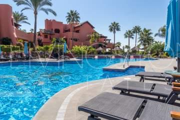 Luxury beachfront apartment for holiday rent, Torre Bermeja Estepona