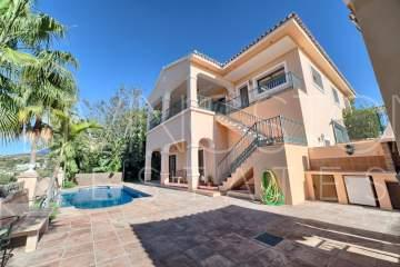 SPACIOUS DETACHED VILLA, LA ALQUERIA BENAHAVIS