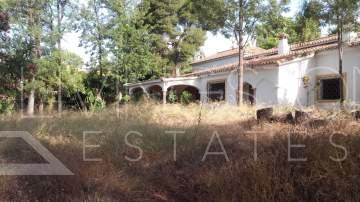 Big residential plot with ideal location in Marbella - walking distance to schools, ...