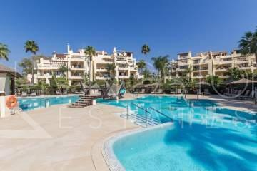 Apartment for sale in Bahía de Velerin - Luxury gated development in Estepona