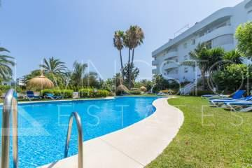 Lovely penthouse in the center of the popular Golden Mile of Marbella