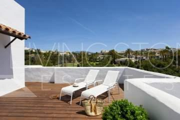 First line Golf spacious penthouse with sea views. The apartment consists of two bedrooms with ...