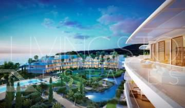Luxury penthouse in a new complex, beachfront on the New Golden MIle, Estepona