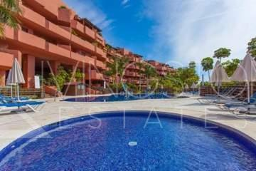 Contemporary stylish 3 bedrooms, 2 bathrooms penthouse located on the beach side of New Golden ...