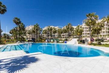 This bright and extremely spacious middle floor apartment is situated within the famous Las ...