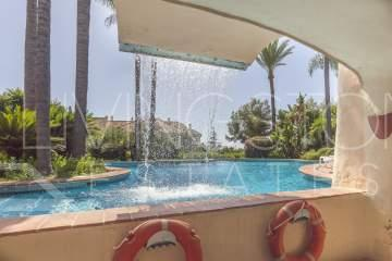 Beautiful 2 bedrooms apartment in Sierra Blanca within 2 min. driving to Marbella centre.