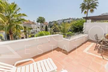 Very spacious apartment in the prestige golf area of La Quinta!