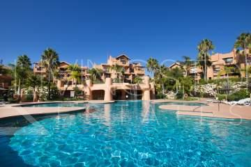 Front line golf - two bedroom penthouse close to the beach at Sotoserena, New Golden Mile, ...