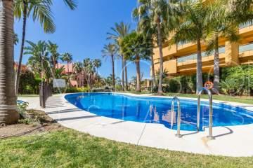 Very spacious 2 bedrooms/2 bathrooms apartment in the beach side complex on New Golden Mile