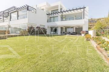 Inmaculate property in the heart of Villa Padierna Golf Course,
