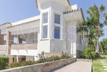 Beautiful family villa with the uninterrupted panoramic and sea views!