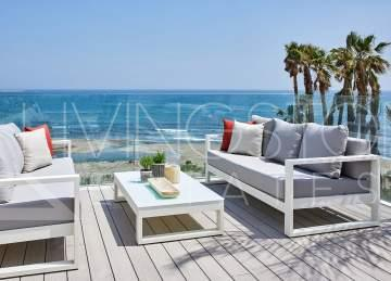 Beachfront luxury townhouse with private garden, terrace and solarium, Estepona