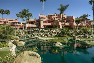Luxury beachfront holiday home in Cabo Bermejo, Estepona