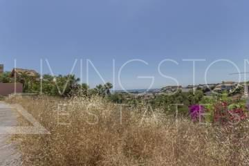 Residential plot with the beautiful panoramic views in La Resina Golf!