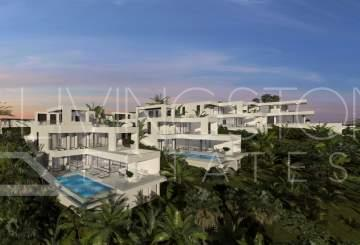 Luxury new built villas in modern style, close to the town, golf courses and the beach